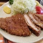 小伝馬町『三福亭』でふわふわお肉orさくさくお肉定食|フリーランスのランチ