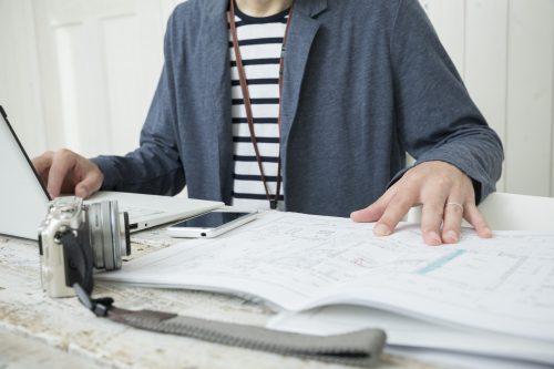 組織設計事務所で働く人のイメージ