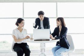 組織設計事務所大手10社で働く人のイメージ